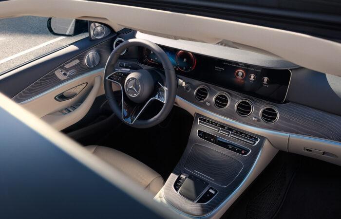 E-Klasse_Sedan_1400x900px_12